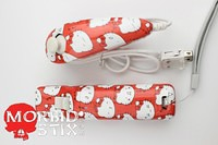 Hello Kitty Wii Remote and Nunchuck 2